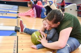 Hill AFB EFMP-FS holds bowling event for families